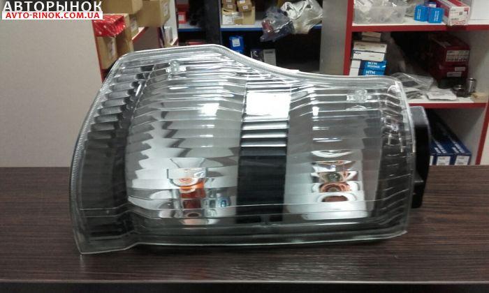 Авторынок | Продажа  Isuzu NQR Поворотник боковой на грузовик ISUZU NQR 71,75