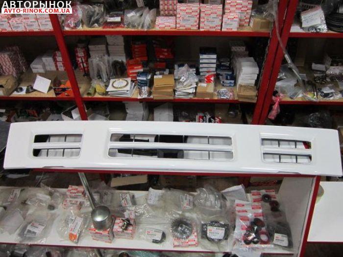 Авторынок | Продажа  Isuzu NQR Решетка кабины передняя для грузовика Isuzu NQR/NP