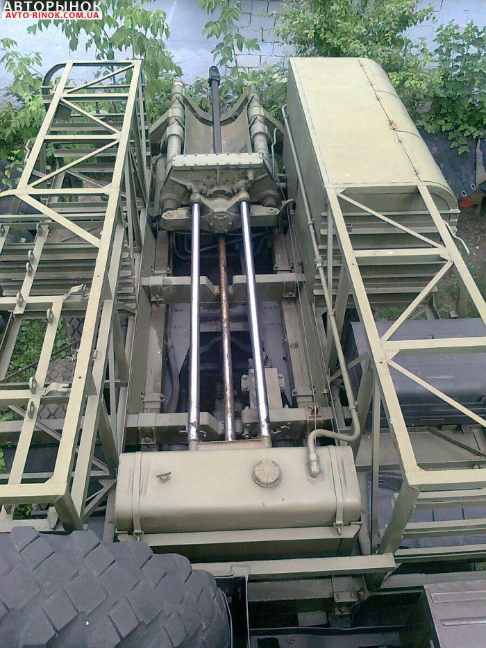 Авторынок   Продажа 1990 ЗИЛ 131 Буровая установка БГМ  на базе ЗИЛ 131