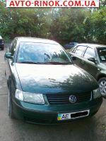 1998 Volkswagen Passat седан