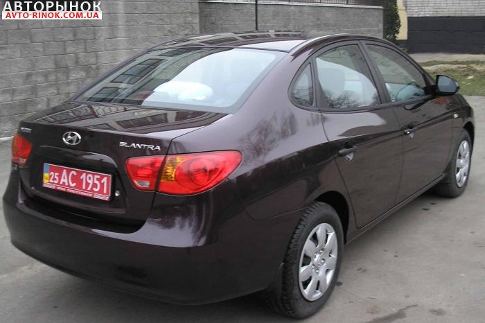 Hyundai Elantra - продажа новых и подержанных